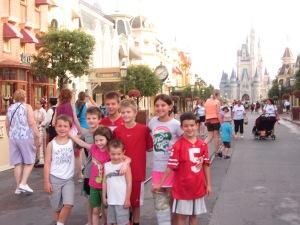 Takin' the castle by storm Back row, L=>R: Nate, Victor, Alex, Jack, Lauren, Will Front Row, L=>R: Elle, Matt
